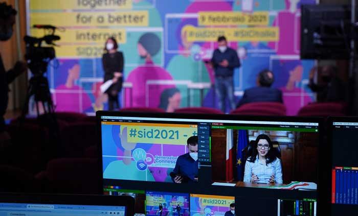 Safer Internet Day 2021, alfabetizzare al digitale