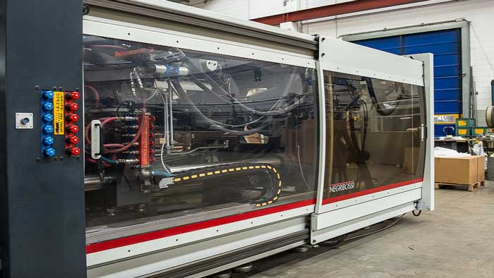 Ferrari Roloplast, l'AI per organizzare la produzione
